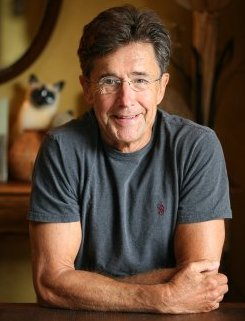 A Walled Garden of Eden – Jim Conaway talks about Napa's winery growth the ideal of agriculture