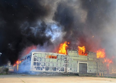 Stolen Wine, A Fire and Wine History Up In Flames – Frances Dinkelspiel expalins the Mare Island wine warehouse fire of 10/12/05